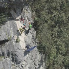 PortalEdge - unique adrenaline vertical camping high in a sheer cliff